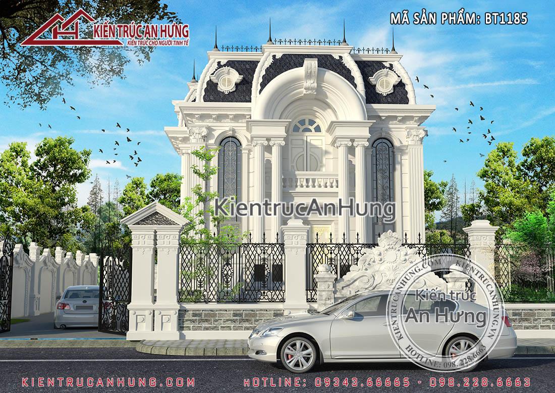 Phần mái của biệt thự cổ điển lâu đài được dán đá đen Lai Châu làm tăng thêm sự sang trọng cho ngôi nhà